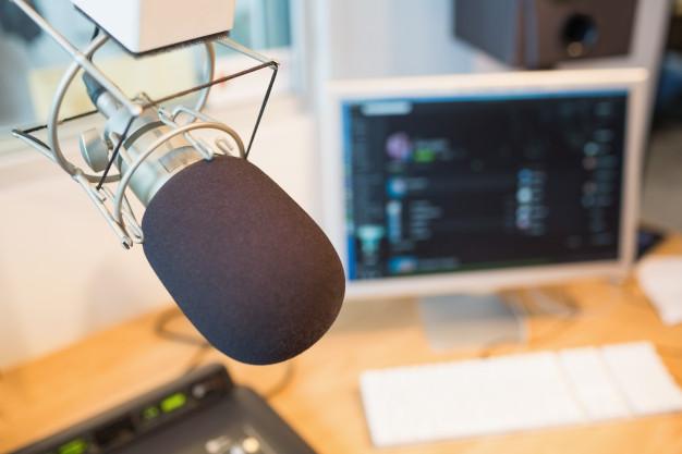 Equipamento de produção de conteúdo para rádios
